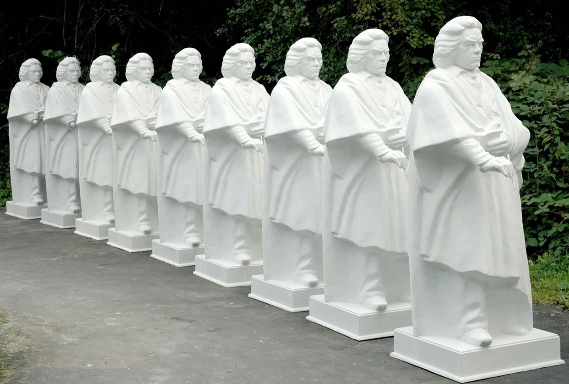 Das Beethoven Denkmal in Bonn als Kopie von Moch Figuren